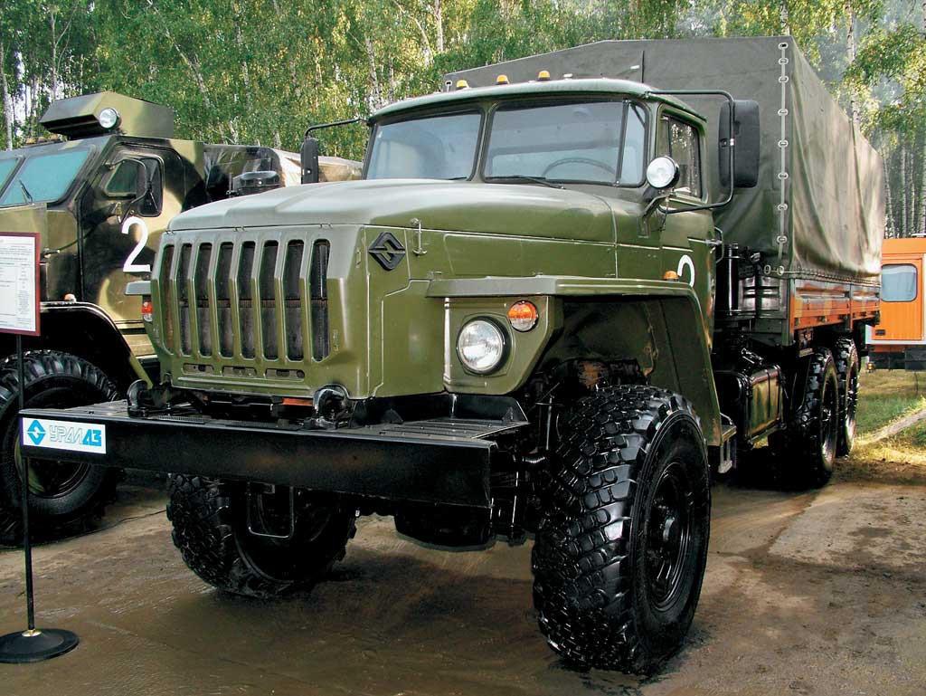 Автомобиль УРАЛ-43206