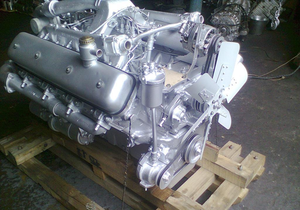 dvigatel-yamz-238de-v8-turbo