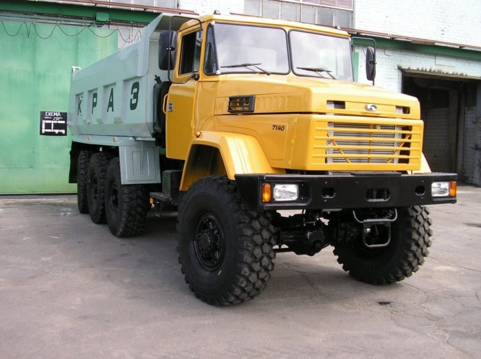 КрАЗ-7140