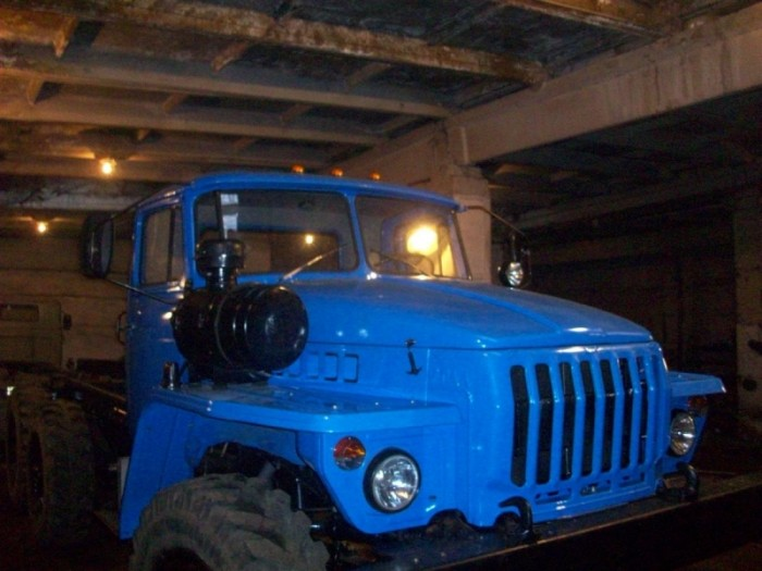 Автомобиль Урал 5557