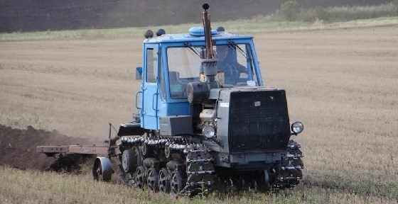 HTZ T-150KM Scania V8