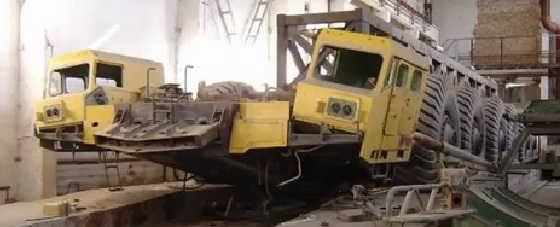 Уникальный МАЗ-7904