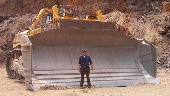 Самые огромные бульдозеры в мире