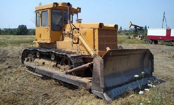 Трактор ЧТЗ Т-130