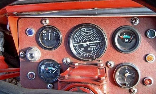 Щиток приборов на трактор т-25