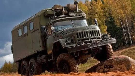 ЗИЛ-131 - Шестилапый герой СССР