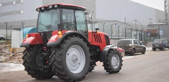 Трактор Беларус-2022 мощность 212 л.с.