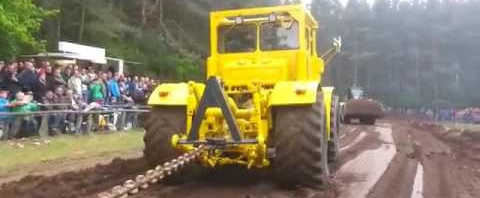 Соревнование по тяге тракторов