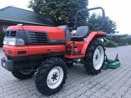 Лучший трактор в своем классе