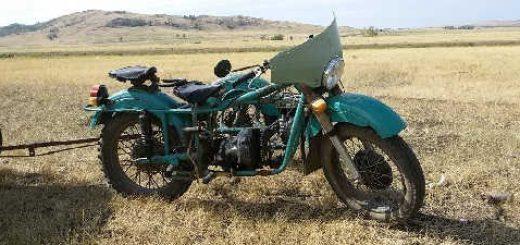 Мощный мотоцикл УРАЛ с двигателем от мотоблока