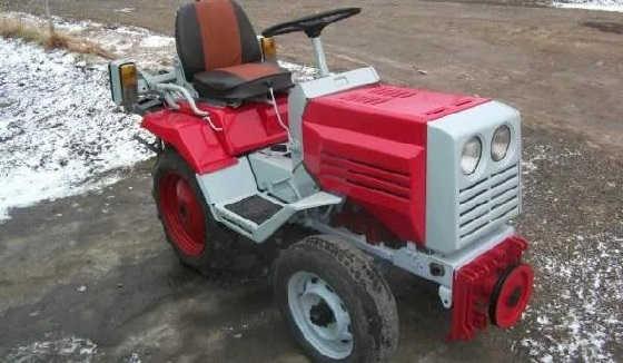ХТЗ Т010 - мини-трактор