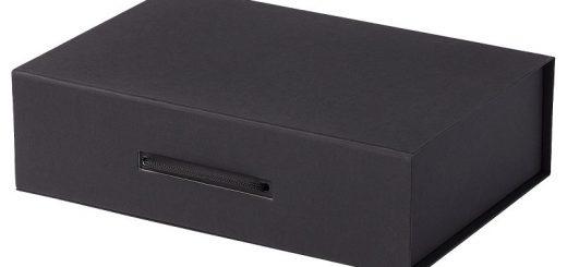 Подарочная коробка на магните сделает подарок более солидным и интересным