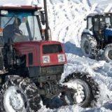 Трактор Беларус 1221 против ЛТЗ 60