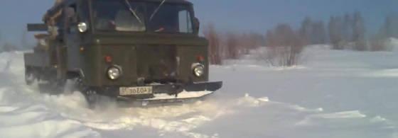 Газ-66 по глубокому снегу