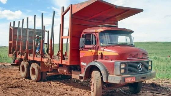 грузовики для сахарного тростника