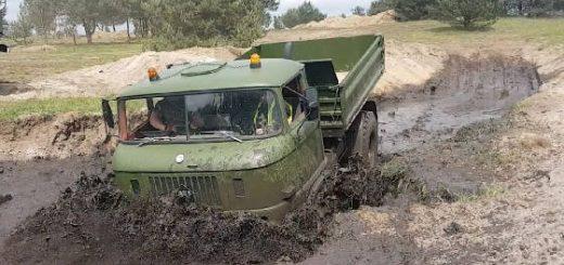 Полноприводные армейские грузовики на БЕЗДОРОЖЬЕ