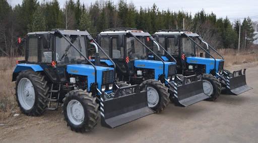 Трактор Беларус-82.1 в лесной защите