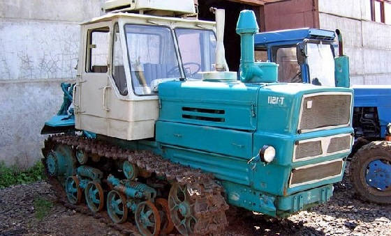 гусеничные тракторы Советского Союза