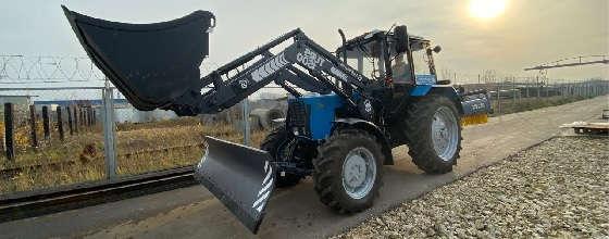трактор Беларус 82.1 с погрузчиком ТУРС 1500