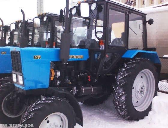 Новый трактор Беларус-82.1