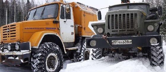 УРАЛ-4320 и ЗИЛ-4972: Совместный заезд по снежной целине