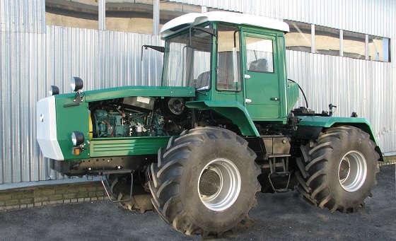 трактор ХТА-300-03 Слобожанец