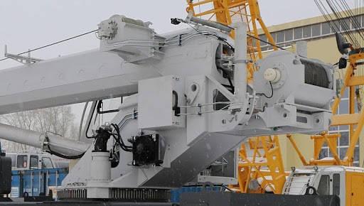 Автокран Челябинец 35 тонн