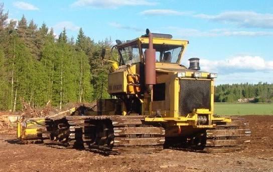 Финский гусеничный трактор SUOKKO 450