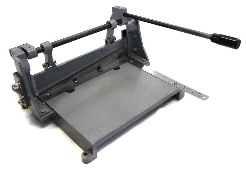ручная гильотина для резки металла